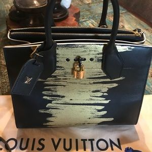 9f9e71957b73 Louis Vuitton Bags - RARE Golden Light City Steamer MM